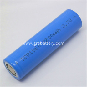Lithium 18650 3.7 v 2200mAh rechargeable batteries
